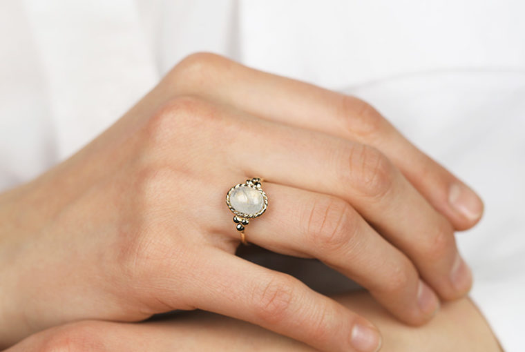 3fa86808f3c878 Is a Moonstone Ring a Good Alternative to a Diamond Engagement Ring?